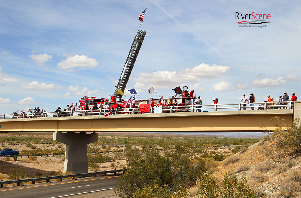 Some supporters drove to Franconia Rd to stand on that overpass to continuing supporting the Run for the Wall. Jillian Danielson/RiverScene