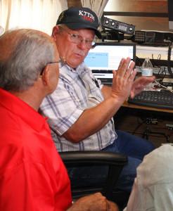Tom Hutter talks with Mayor Mark Nexsen about the Ham Radio Amateur Field Day. Jillian Danielson/RiverScene