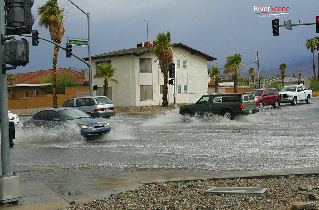 A flooded intersection of Palo Verde and Lake Havasu Avenue after a monsoon storm. Jillian Danielson/RiverScene