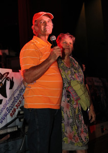 """Terry """"Tigger"""" King speaks to the crowd Friday evening about losing his home in the Willow Fire. Jillian Danielson/RiverScene"""