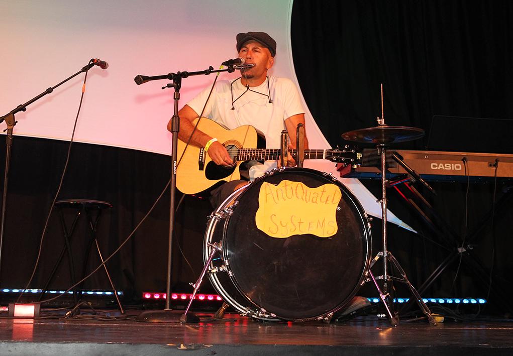 Matthew Chance performs at the 2016 Songwriters Festival. Jillian Danielson/RIverScene