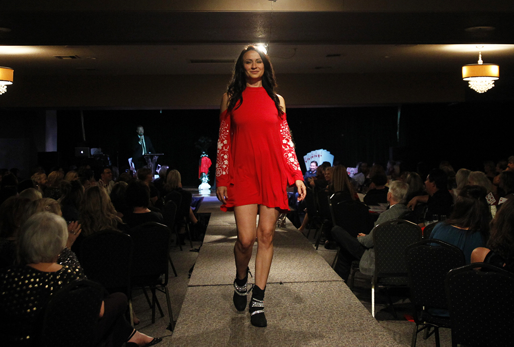 Glamour Takes Center Stage At Elegant Evening