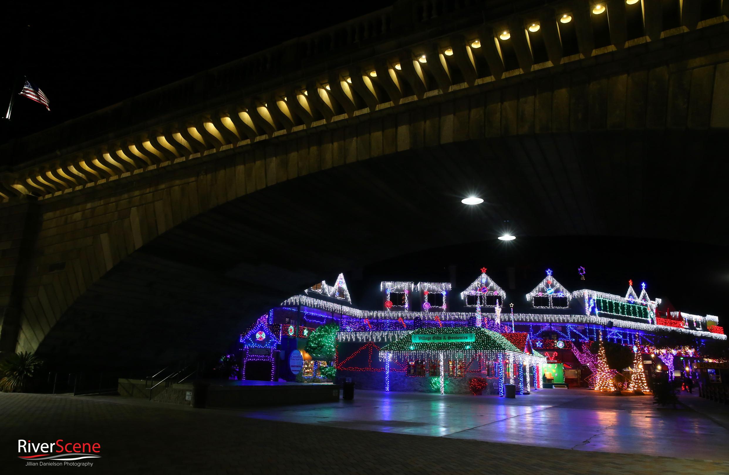 English Village Lake Havasu Christmas lights