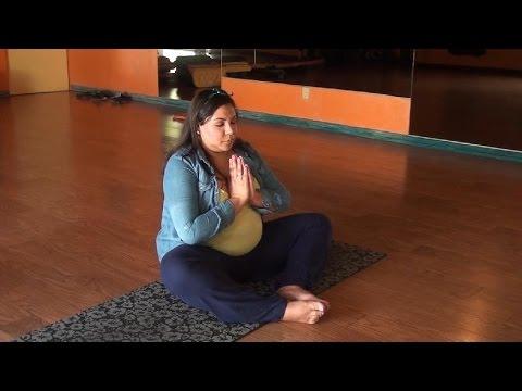 Prenatal Yoga Benefits for Expecting Moms