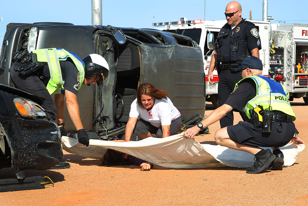 Local EMS Workers Teach High School Students Dangers of Drunk Driving