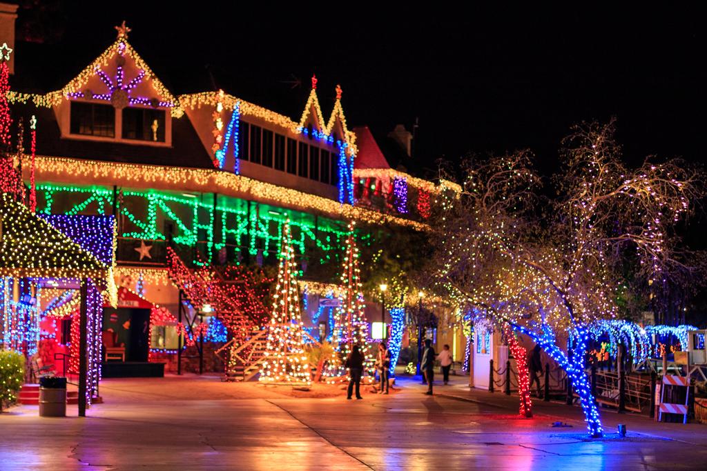 RSM Holiday Light Decorations