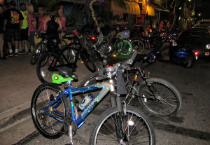 Bikes sit in front of BJs Friday night. Judy Lacey/RiverScene