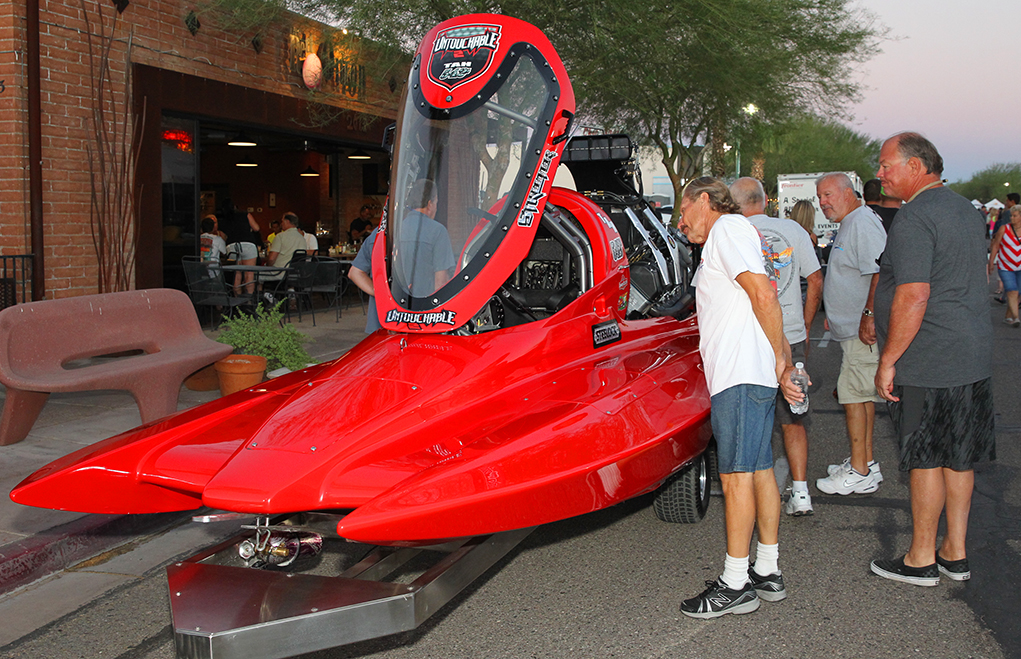 Thousands turn out for Lucas Oil Drag Boat Race 'Fanfest' Friday