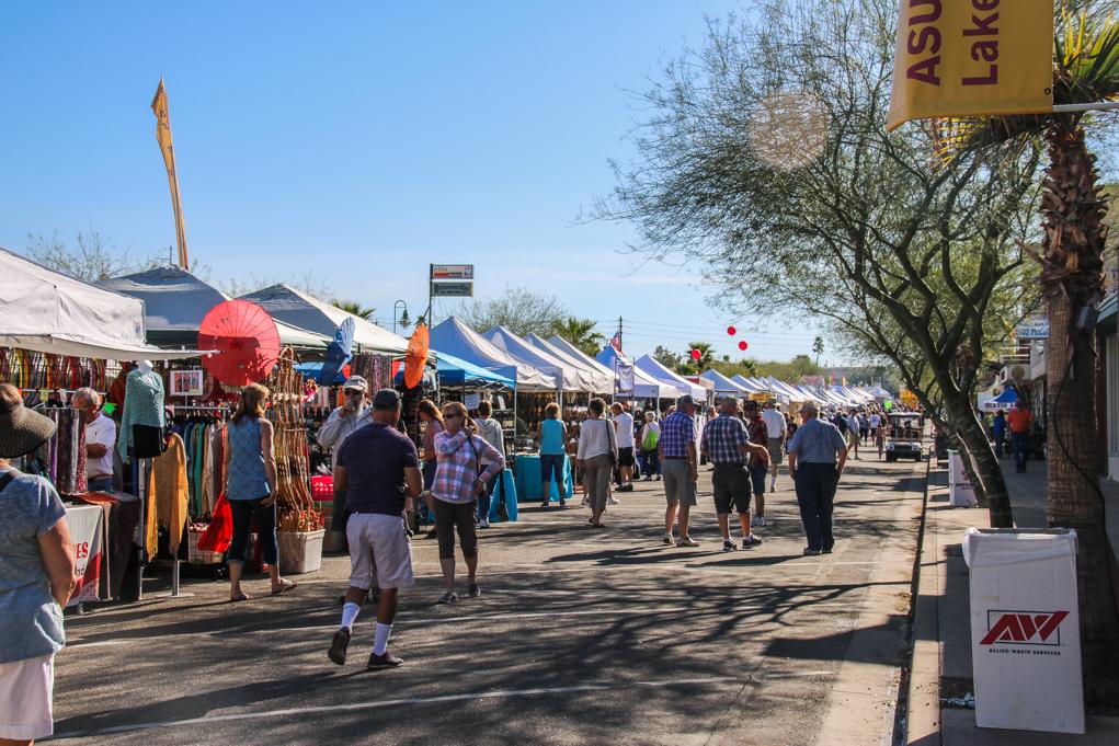 Havasu Residents and Visitors Enjoy Winterfest