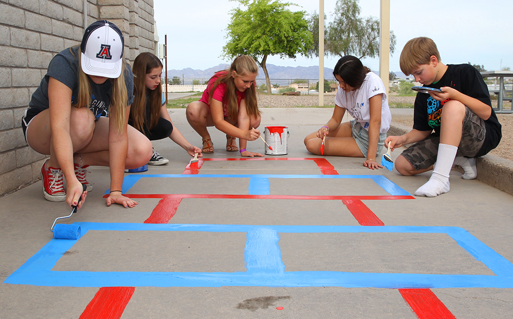 LHHS Honor Society Students Fan Out For Day Of Service