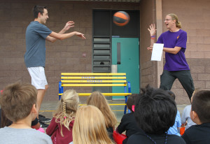 LHHS students demonstrate how the buddy benches build friendships to Smoketree students. Jillian Danielson/RiverScene