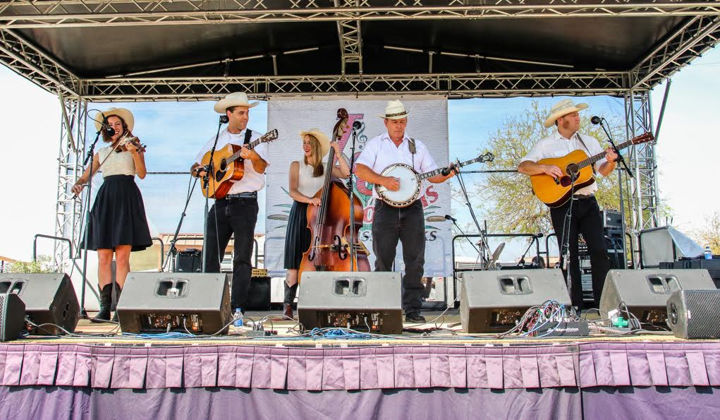 """Bluegrass On The Beach"" Music Festival – Photo Gallery"