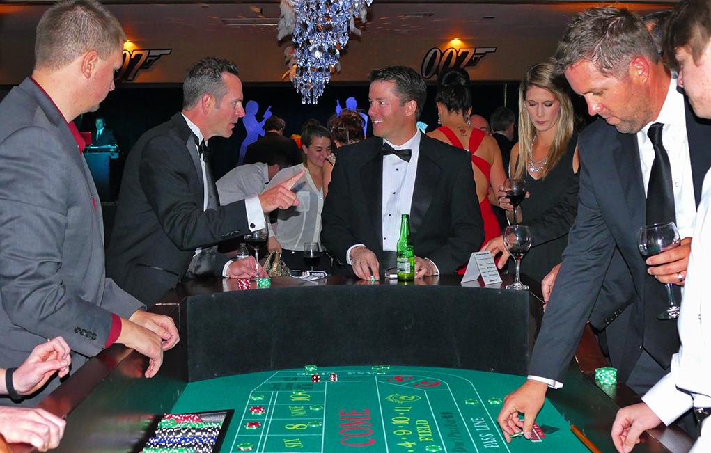 Hospice Hosts 007 Themed Fundraiser