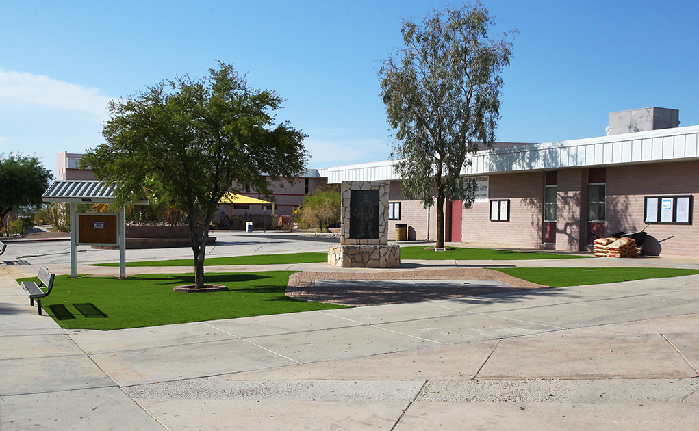 LHHS Class of 2016 Finishes New Courtyard