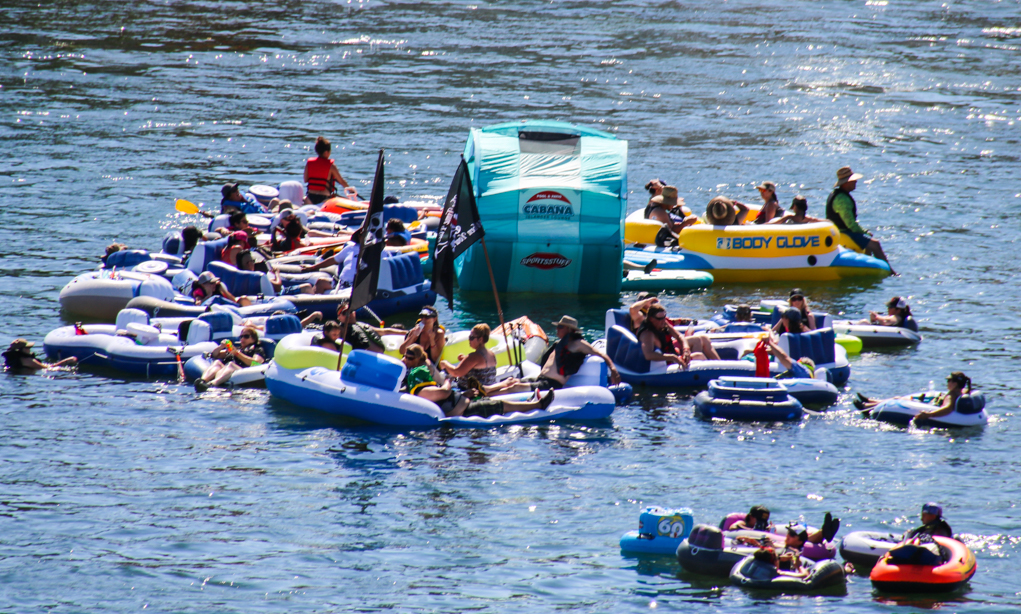 Bullhead City River Float Attracts Thousands