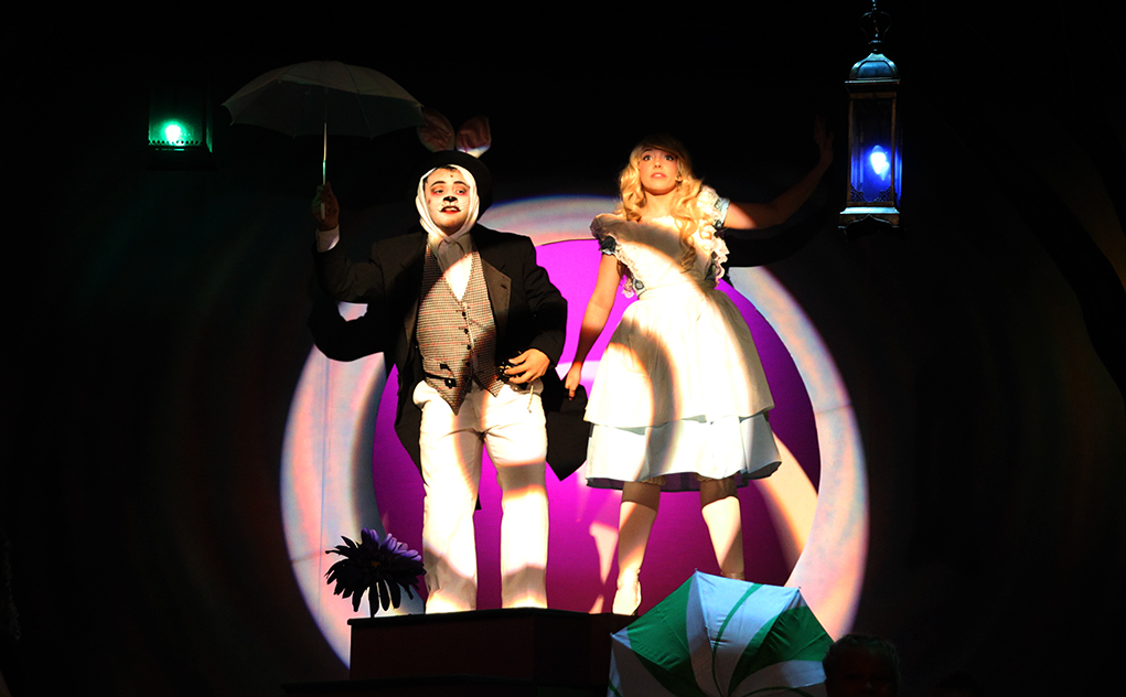 'Alice in Wonderland' Opens Friday
