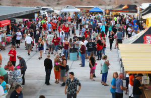 A crowd gathers at Taste of Havasu Tuesday evening. Jillian Danielson/RiverScene