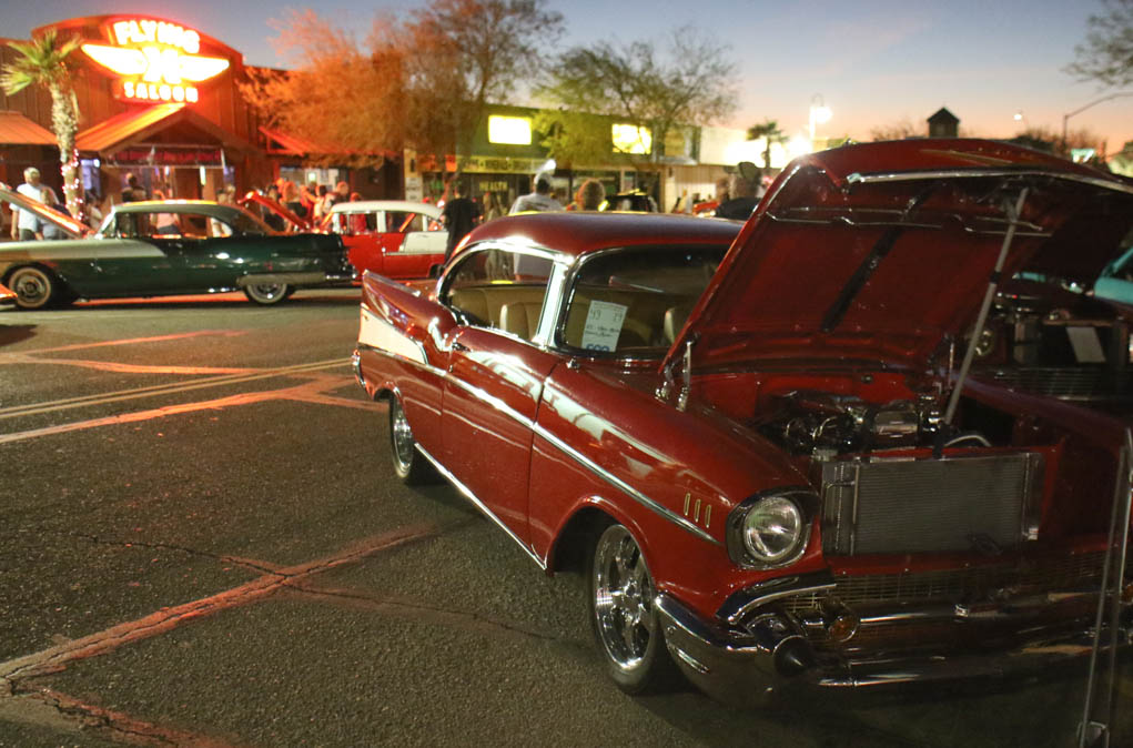 Relics and Rods Cruise In
