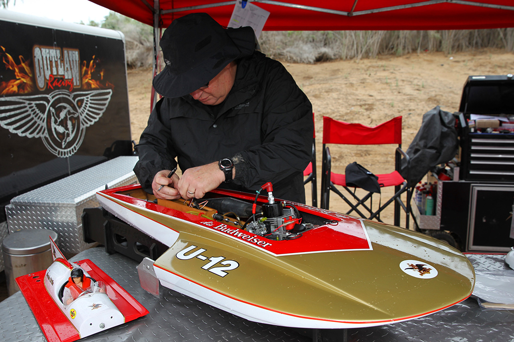 RC Boat Racers Go For Speed On Lake Havasu