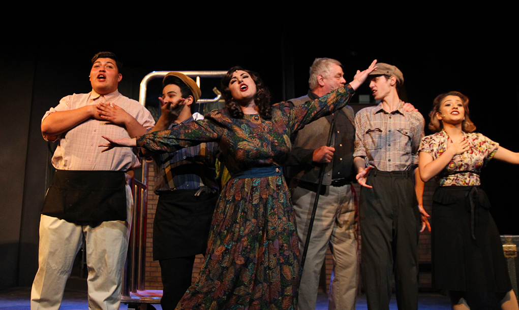 'Kiss Me Kate' Continues At Grace Arts Live Theater