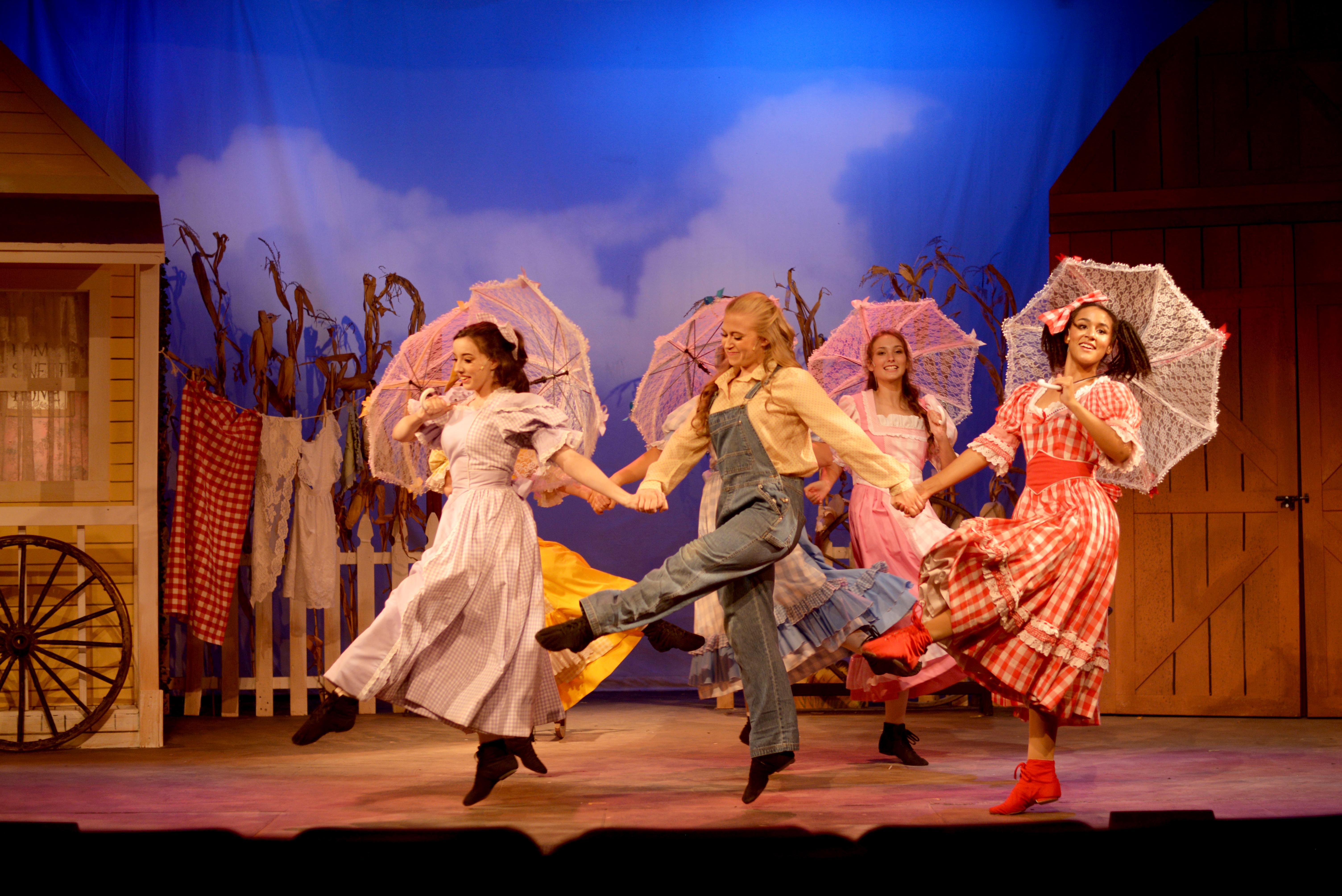 Grace Arts Presents: Oklahoma!