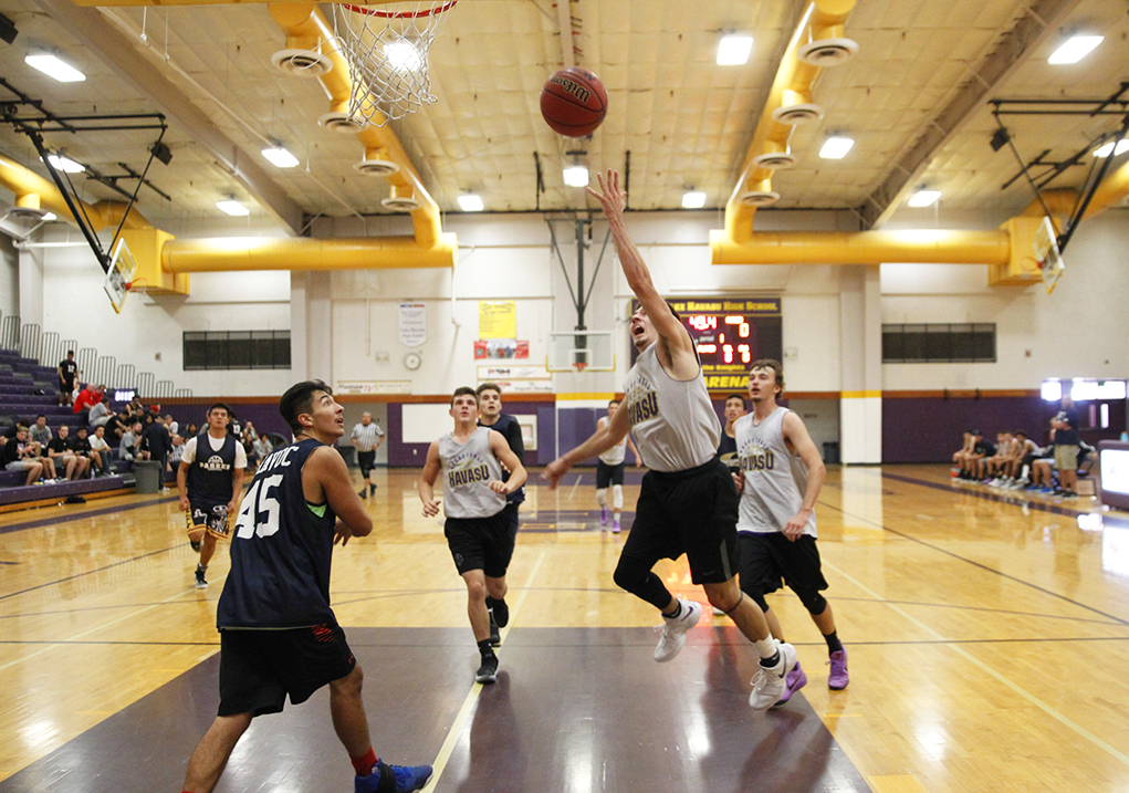 Knights Hoops Scrimmage Shows Strength For Season