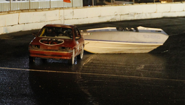 Havasu 95 Speedway  Racing and Waterless Boat Race
