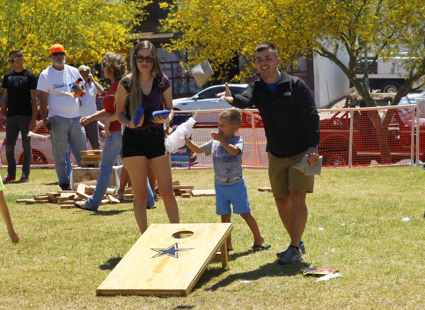 Leadership Lake Havasu Class Raises Money For CFEL