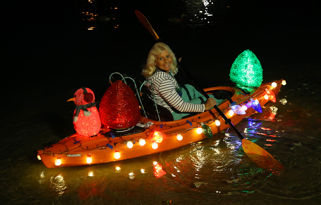 boat parade of lights 2018