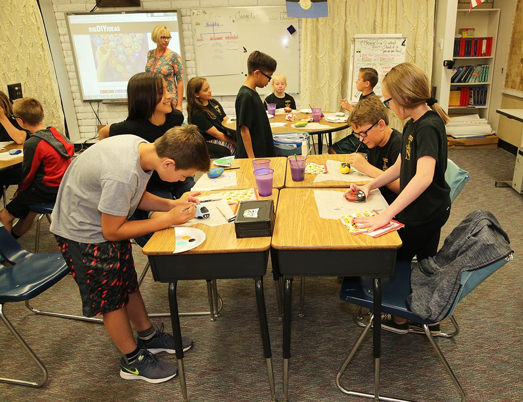 Starline Students Celebrate Earth Day