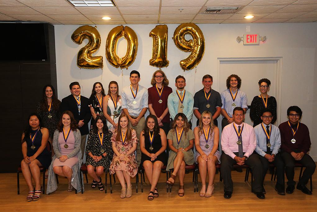 Lake Havasu City K-12 Foundation Honors Students, Teachers