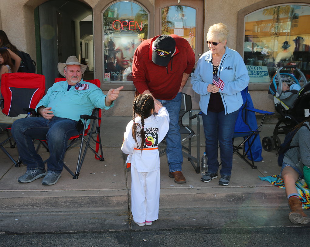 Havasu Turns Out To Say 'Thank You For Your Service'