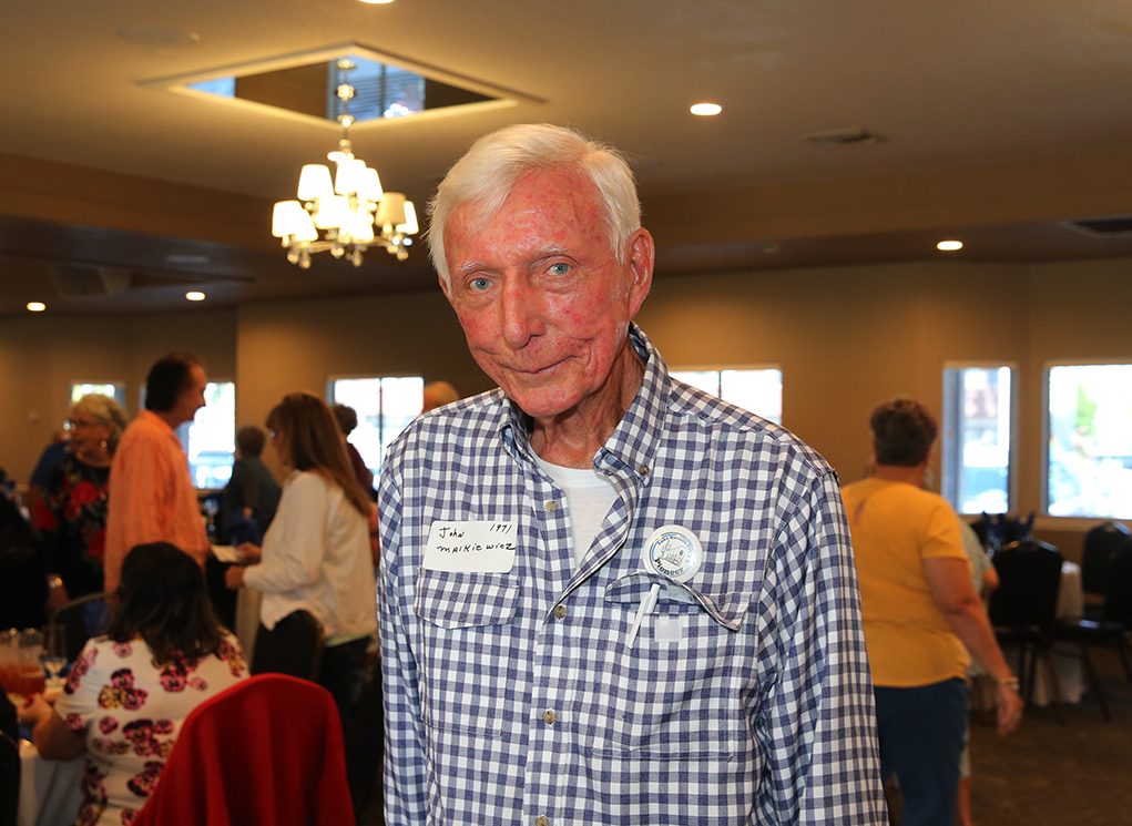 Pioneer Remembers His Early Days In Lake Havasu City
