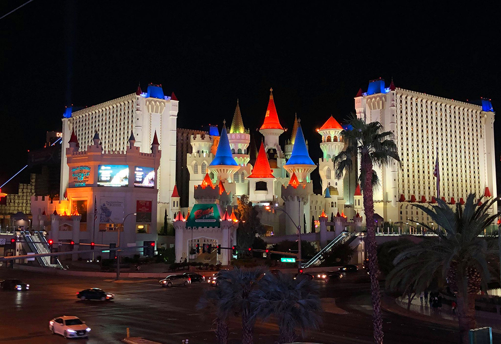 Day Trippin'-Las Vegas Strip Open For Business