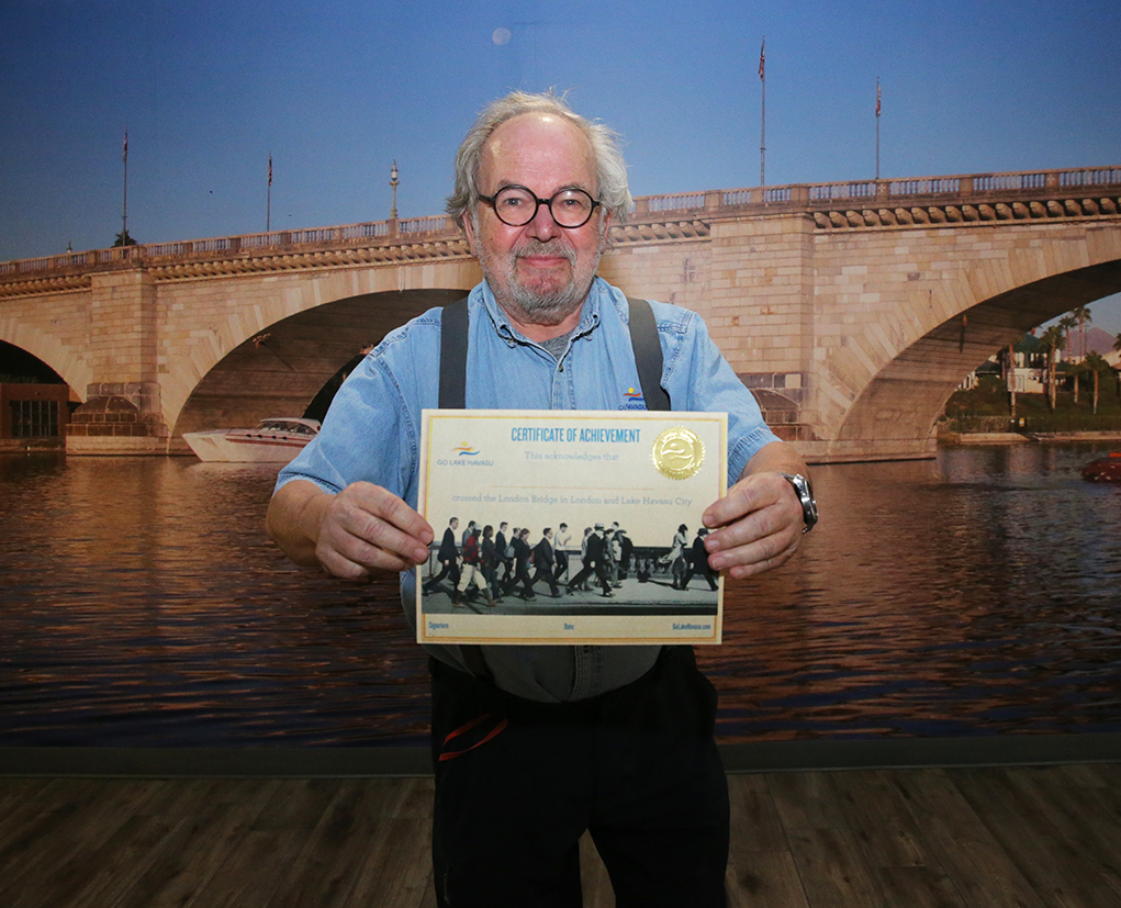 Visitor's Center Unveils New Program To Recognize Those Who Have Walked The London Bridge In Havasu And In London