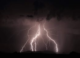 Lake Havasu Lightning